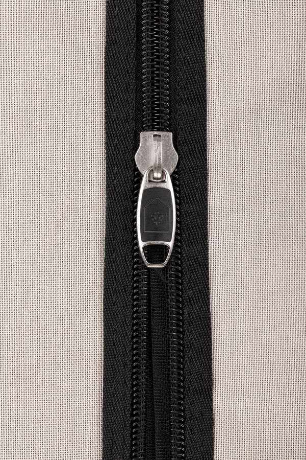 HOMEbox ® Vista - total blackout zippers
